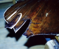 Restoration-Bass-02-PiecePrincipale.jpg